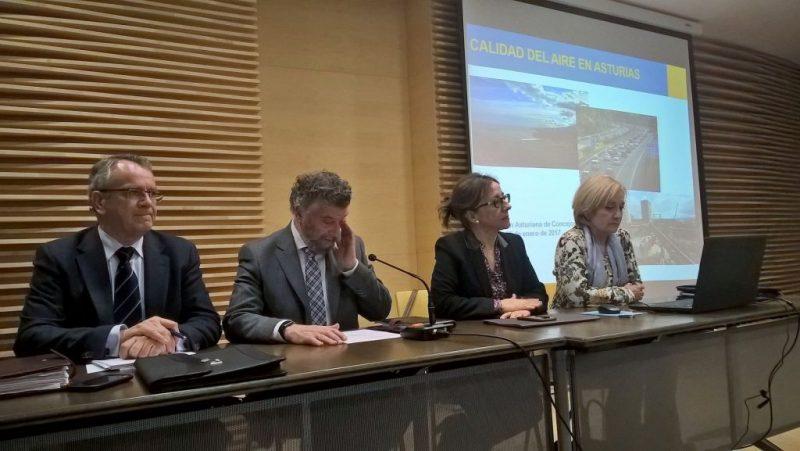 El Gobierno de Asturias propone consensuar medidas específicas para combatir la contaminación en 16 municipios del área central